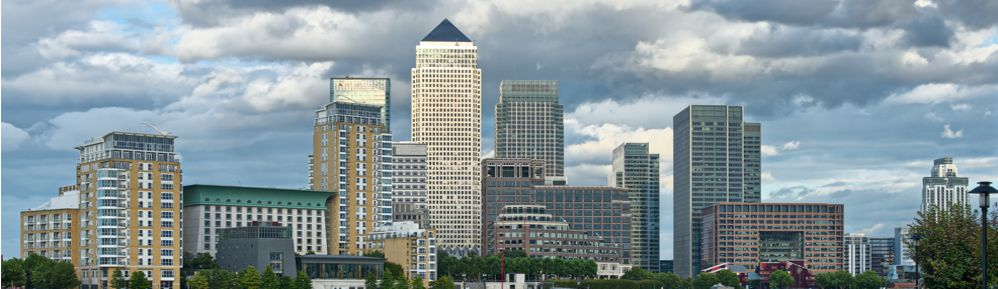 London - canary wharf in the daytime